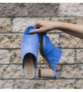 Jinx (light blue)